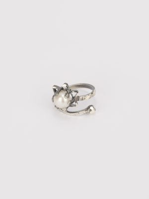 Pearl Studded Oxidized Silver Ring