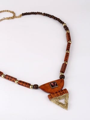 Beads Studded Wooden Necklace